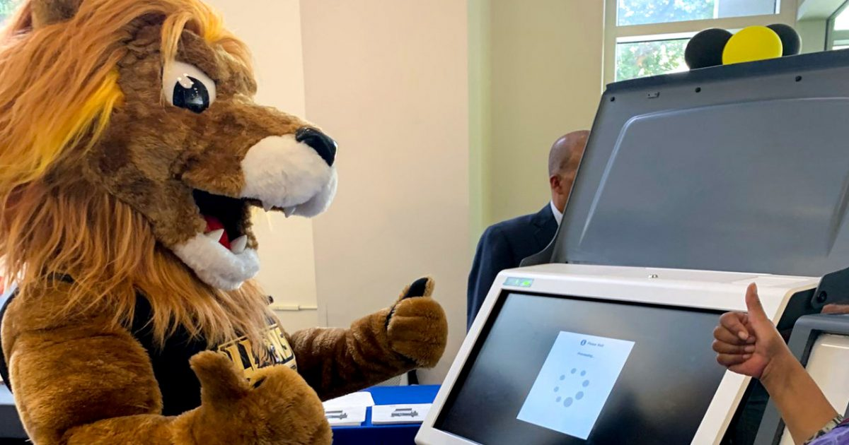 Campus Celebrates Voter Registration Day